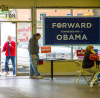 Obama Maryville Headquaters signing up
